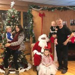 «Супергибкая» жена Алека Болдуина поделилась трогательным рождественским снимком