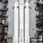 Илон Маск готовит экспедицию на Луну