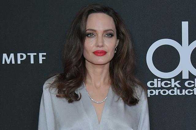 «Жизненно важный вопрос мира»: Джоли публично поддержала государство Украину