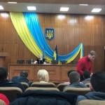 На открытии заседания горсовета Ирпеня (Киевская область) прозвучал фрагмент российского гимна. Мэр обратился в СБУ с призывом найти и наказать провокаторов