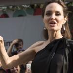Аннорексия — Анджелина Джоли весит меньше 11-летней дочери
