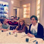 Пугачева скрывает свои волосы под новым париком