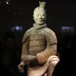 Китай возмущен кражей пальца с руки терракотовой статуи в США
