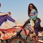 Рианна села на мотоцикл вместе с моделями