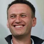 Роскомнадзор прекратил блокировку сайта Навального после удаления материалов о Дерипаске