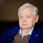 Олег Табаков не умер, но уже не может самостоятельно дышать и говорить