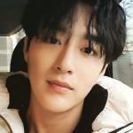 33-летний популярный корейский певец найден мертвым у себя дома