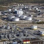 В «Сколково» признали: в ближайшие годы добыча нефти в России серьезно упадет
