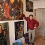 Как выглядят самые странные портреты Пугачевой