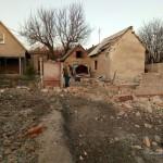 Пророссийские террористы обстреляли Авдеевку, разрушены жилые дома