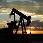 Смешные санкции: России уже нечем бурить нефтяные скаважины