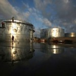 Нефть ускоряет обвал — прогноз на 40 за баррель