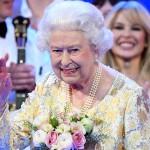 Королева Елизавета II официально разрешила брак принца Гарри и Меган Маркл