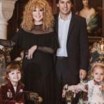 Пугачева и Галкин вместе с детьми поддержали победобесие