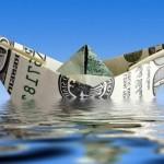 Курс доллара — в России начали вводить запреты на американскую валюту