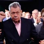 Сын Караченцова опроверг информацию СМИ о госпитализации отца