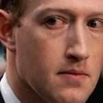 Инвесторы Facebook: Цукерберг должен покинуть компанию