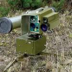 Боевик «ДНР» пытался спрятать в траве противотанковую ракету в присутствии наблюдателя ОБСЕ