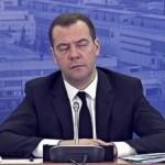 Медведев заявляет о необходимости продления контрсанкций