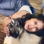 51-летняя Сальма Хайек продемонстрировала свою «красоту» без косметики