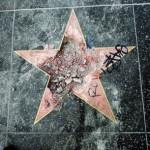 Звезда президента США Дональда Трампа на голливудской Аллее славы была уничтожена