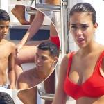 Яхта, красное бикини, поцелуи: как проходит отдых Криштиану Роналду и Джорджины Родригес