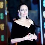 Анджелина Джоли приняла особый католический обряд