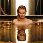 Шарлиз Терон снялась обнаженной в новой рекламе Dior (видео)