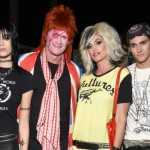 Рок-семейка: Синди Кроуфорд и Рэнди Гербер с дочерью Кайей и сыном Пресли на вечеринке по случаю Хэллоуина