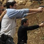После теракта в Питтсбурге американские евреи взялись за оружие