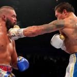 Усик против Белью: украинский боксер отправил британца в нокаут