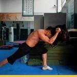 В Китае новый вид спорта: кунг-фу против быка (фоторепортаж)