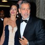 Амаль и Джордж Клуни поразили удивительным подбором костюмов на церемонии