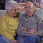 Пара пенсионеров сбросила 150 килограммов на двоих из-за любви