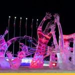Гигантский фестиваль снежных скульптур подготовил неожиданный сюрприз