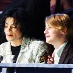Маколей Калкин выступил в защиту Майкла Джексона от педофилии