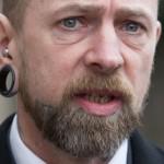 Татуировщик, удаливший клиенту ухо, признал вину в нанесении тяжких увечий