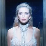 Вера Брежнева выпустила новый клип удивительной красоты