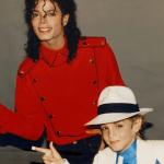 В сети появился трейлер фильма о Майкле Джексоне, в котором певца обвиняют в педофилии