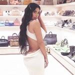 Ким Кардашьян удивила своей гардеробной размером с магазин