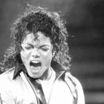 Радиостанции по всему миру убирают из эфира песни Майкла Джексона