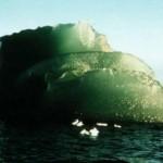 Американские ученые разгадали тайну знаменитых зеленых айсбергов Антарктиды