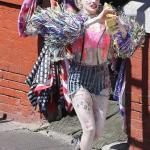 Марго Робби показала новый стиль злодейки во время съемок фильма