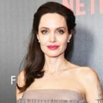 У Анджелины Джоли частично парализовано лицо