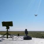 Крупные дроны научатся запускать стаи мини-беспилотников