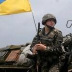 Кучма на переговорах с боевиками подпишет пункт о запрете стрельбы ВСУ в ответ
