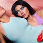 Кайли Дженнер и Ким Кардашьян выпустили совместную коллекцию парфюма
