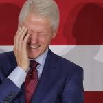 В доме миллиардера-педофила Джеффри Эпштейна нашли портрет Билла Клинтона в женской одежде