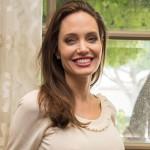 Анджелина Джоли завела свой YouTube-канал
