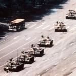 Умер фотограф Чарли Коул — автор снимка с танками на площади Тяньаньмэнь